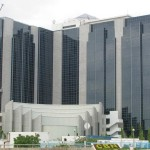 Banks in brisk business with new naira notes, reject old bills