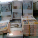 Naira in free fall, plunges to 480/dollar
