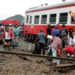 Train derails in Cameroon, kills 55