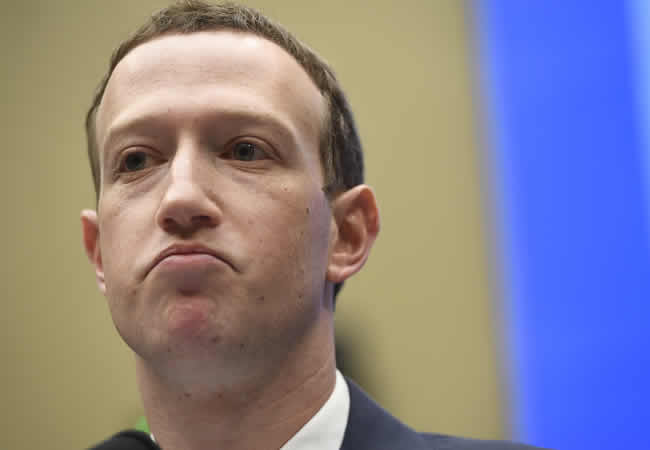 In one day, Facebook CEO, Zuckerberg, loses $16bn