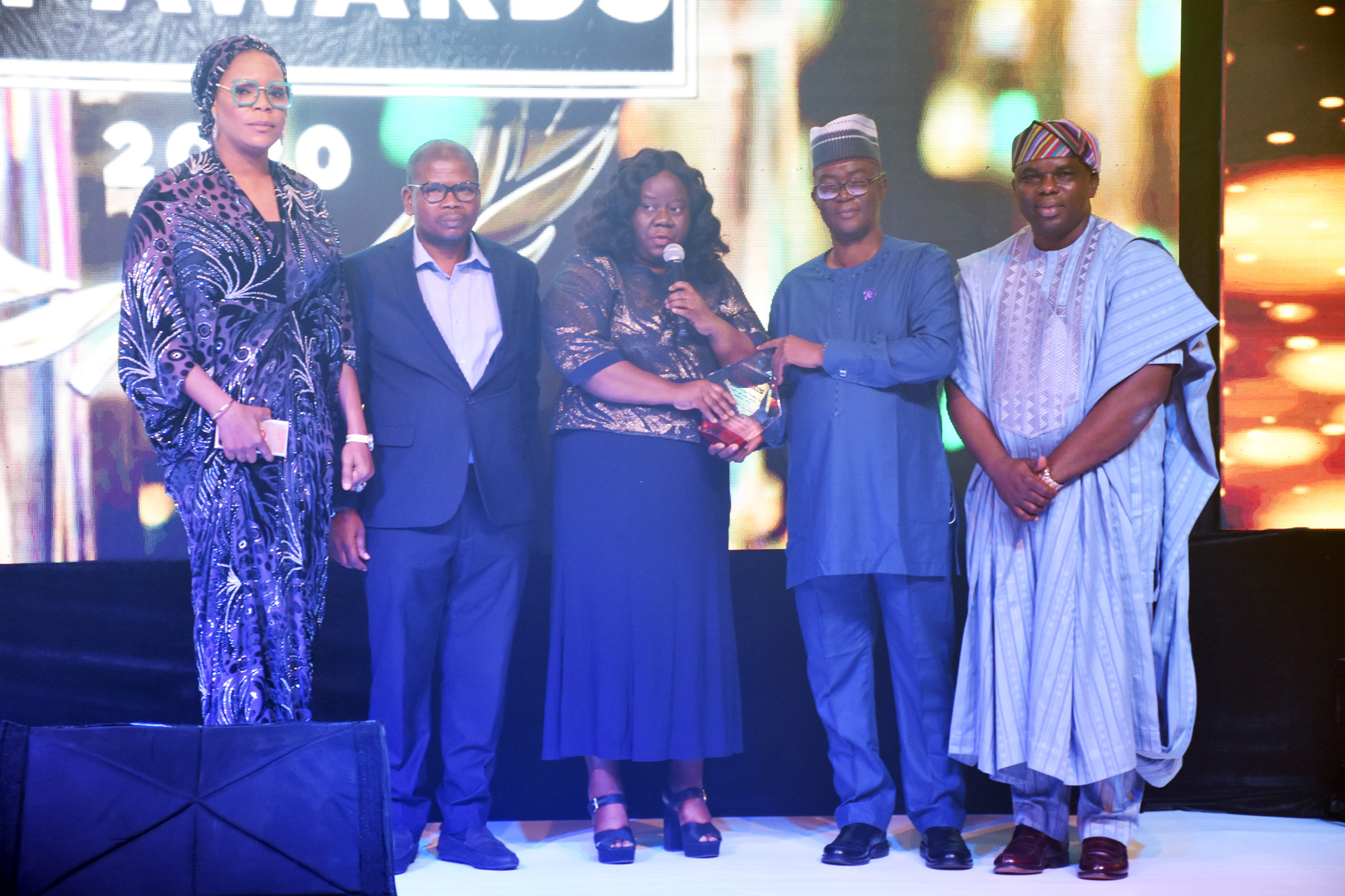 L-R: Mrs. Yetunde Adenaiya, Head, Human Resources, CSCS Plc; Mr. Johnson Onowugbeda, Corporate Communications, CSCS Plc; Mrs. Onome Komolafe, Divisional Head, Shared Services, CSCS Plc; Mr. Magnus Nnoka, President, Risk Management Association of Nigeria (RIMAN) & Chief Risk Officer, Coronation Merchant Bank; and Dr. Ogor Okiti, Managing Director, BusinessDay Media Limited at the presentation of the awards