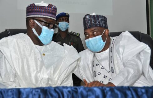 NNPC GMD, Mallam Mele Kyari (left), in a discussion with Governor of Sokoto State, Rt. Hon. Aminu Waziri Tambuwal (right) at the First Quarter Public Lecture of the Usmanu Danfodiyo University, Sokoto...Monday.