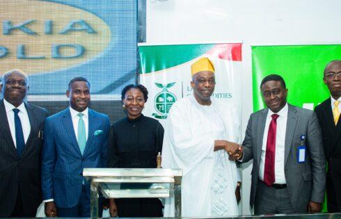 L-R: Olawale Akoni (SAN), Managing Partner, Babalakin & Co; Olusegun Akanji, Divisional Head, Strategy & Business Solutions, Heritage Bank Plc; Ife Fashola, Group Chief Executive of KADARI Capital; Tunde Fagbemi, Chairman, Dukia Gold; Akin Akeredolu-Ale, MD of Lagos Commodities and Futures Exchange (LCFE) and Olusoji Elias, Council General, Dukia Gold, during the LCFE-Dukia Gold media parley at the LCFE Trading Floor in Lagos.